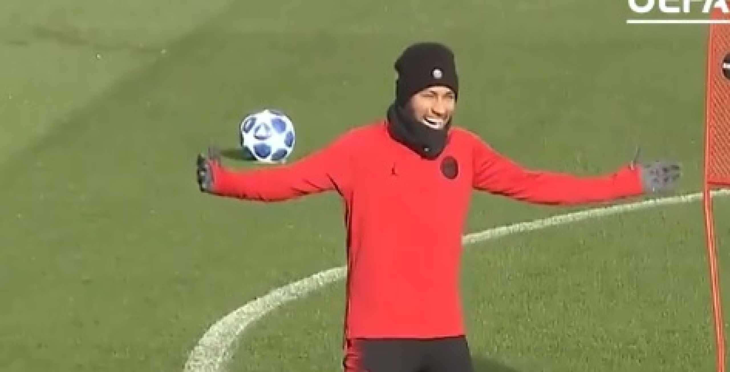 Neymar não perde uma oportunidade para fazer uma 'maldade' a Mbappé