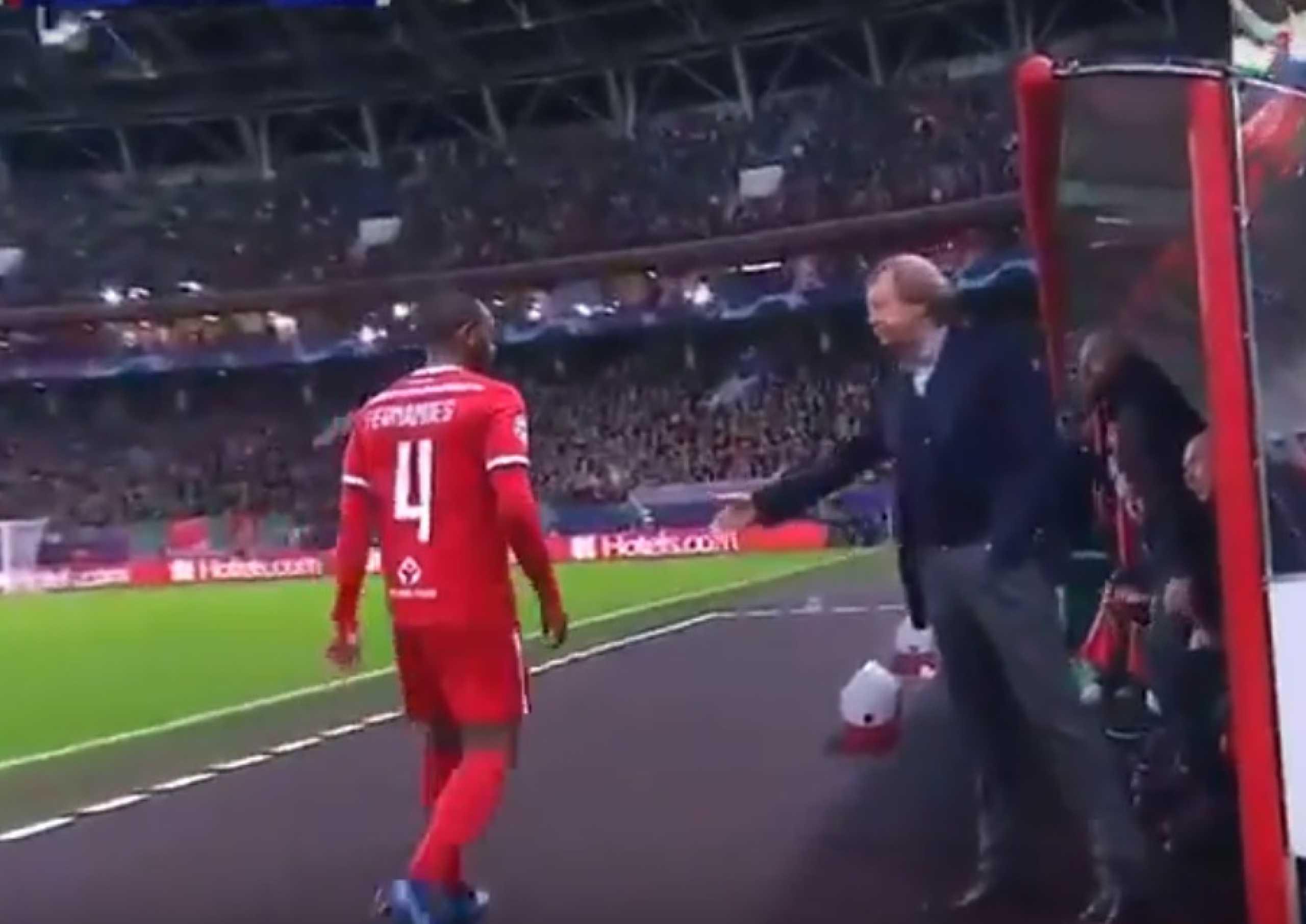Estala o verniz no Lokomotiv: M. Fernandes recusou cumprimentar treinador