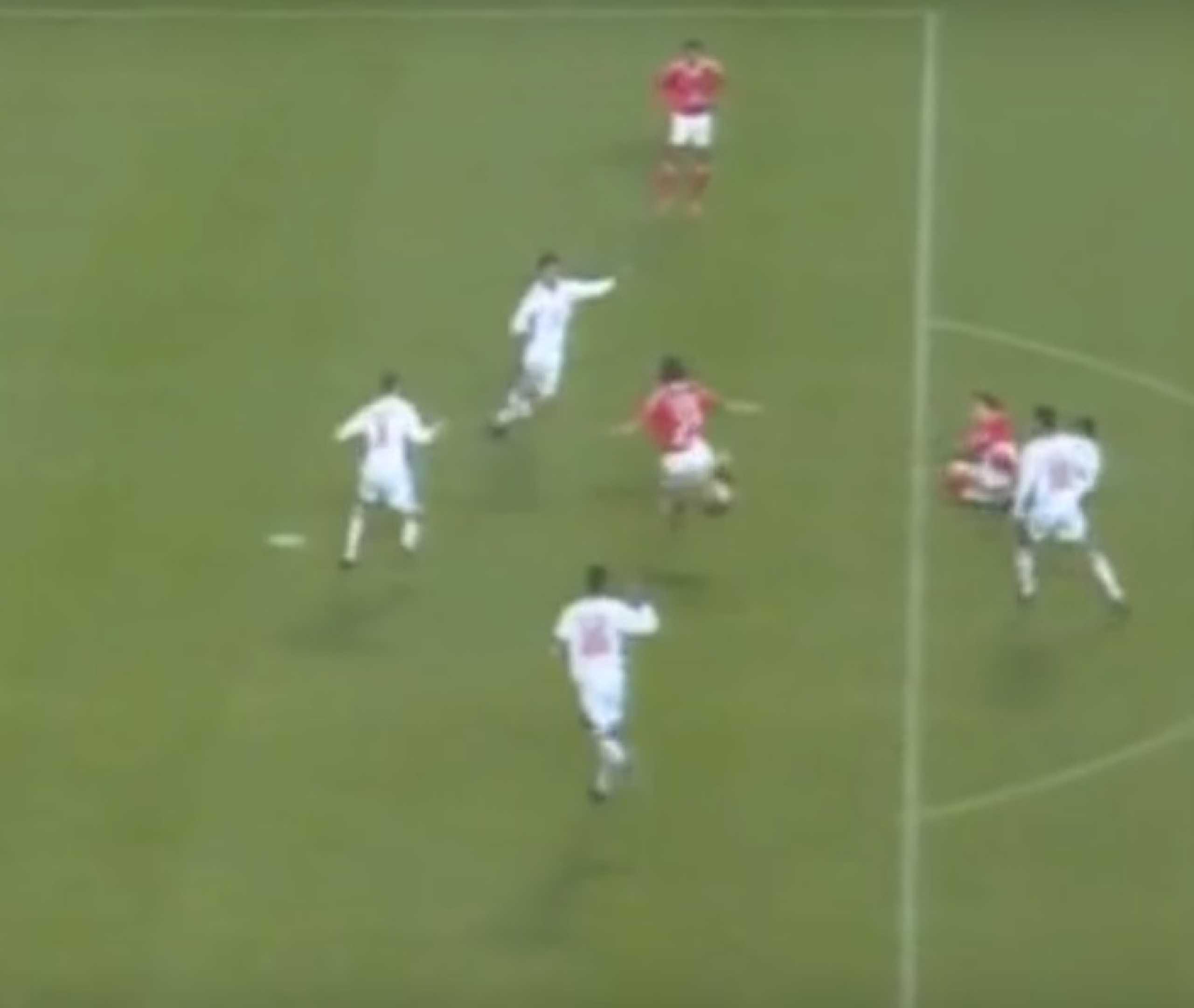 Estádio da Luz faz hoje 15 anos. Ainda se lembra do 1.º golo?