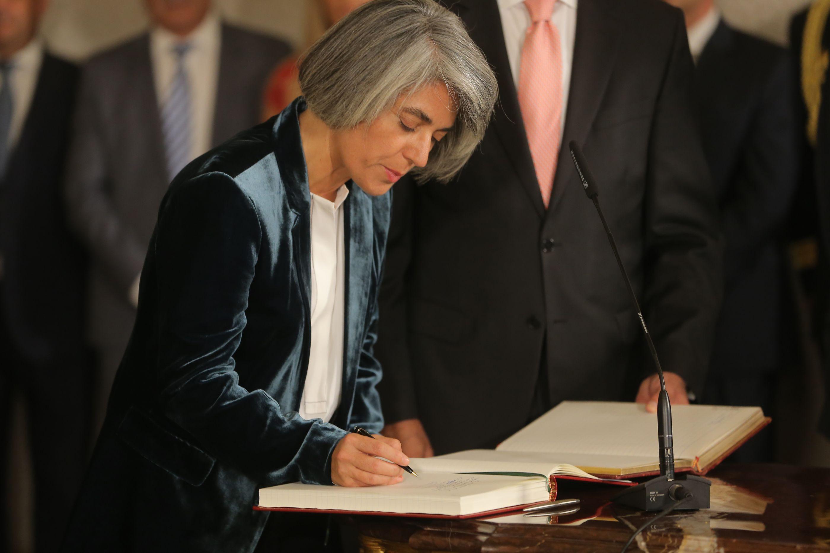 """Ministra da Cultura realça """"impacto social e económico"""" das Artes"""