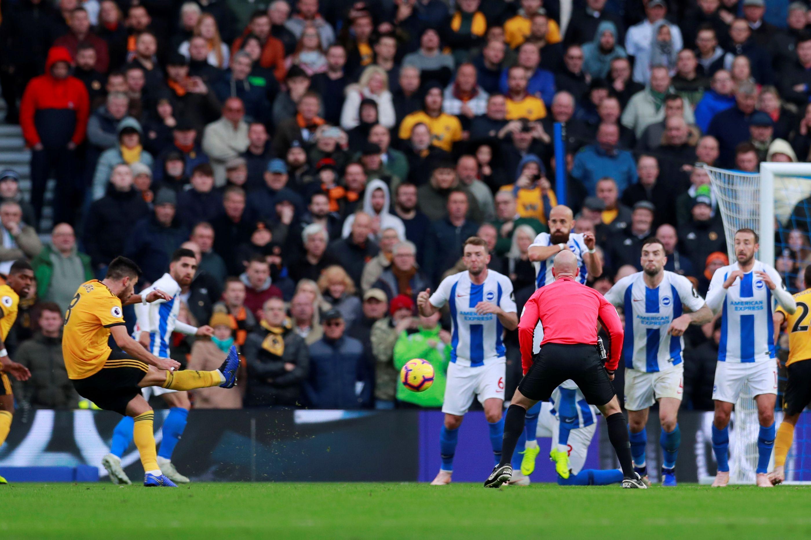 Tragédia: Adepto morre no decorrer do jogo Brighton-Wolves