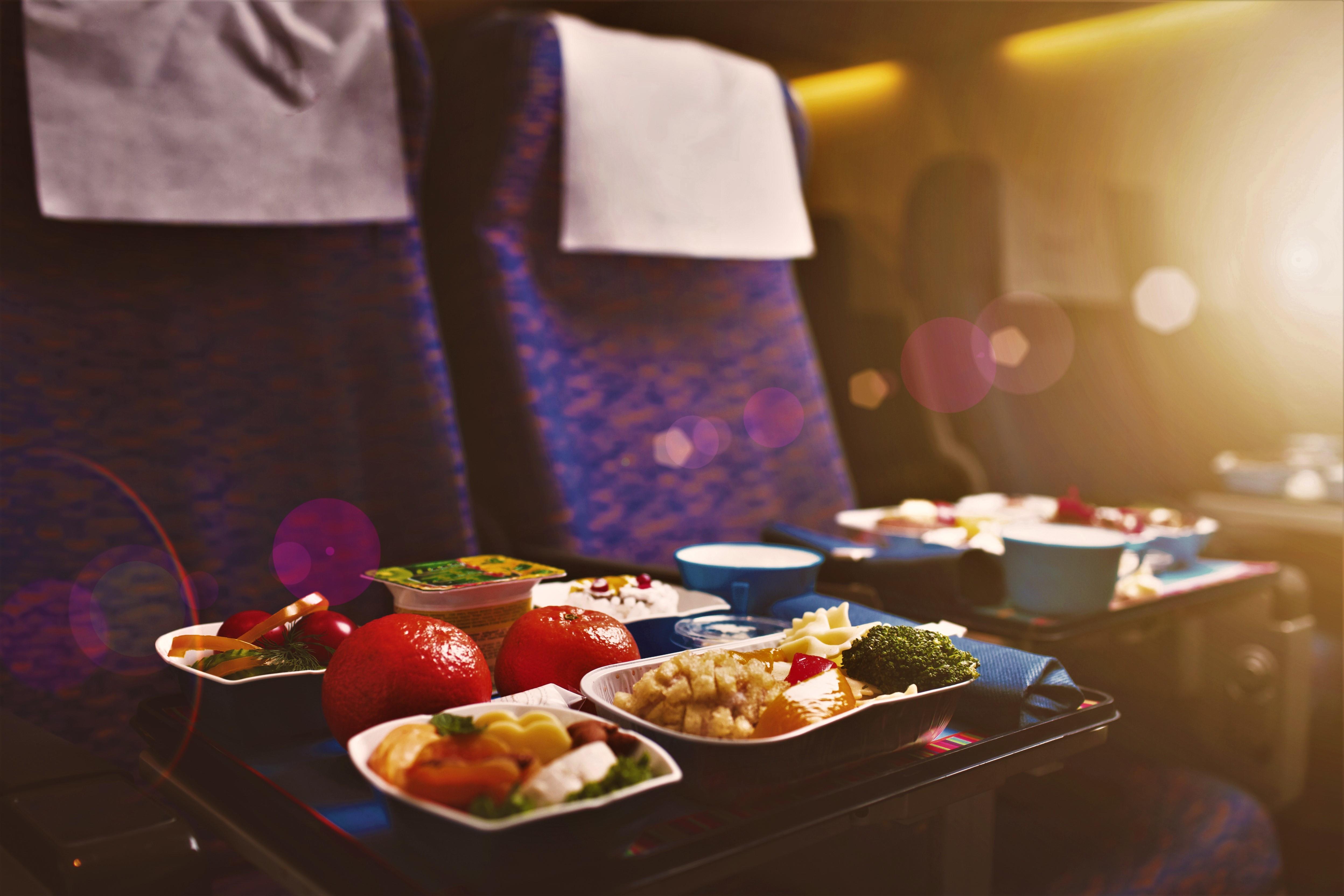Os segredos alimentares que as companhias aéreas não querem que saiba