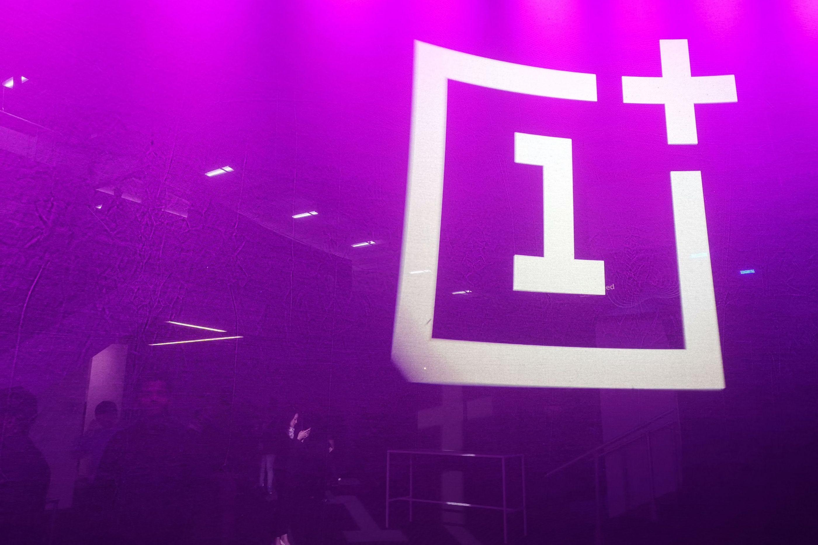 OnePlus 6T terá uma cor 'eletrizante'
