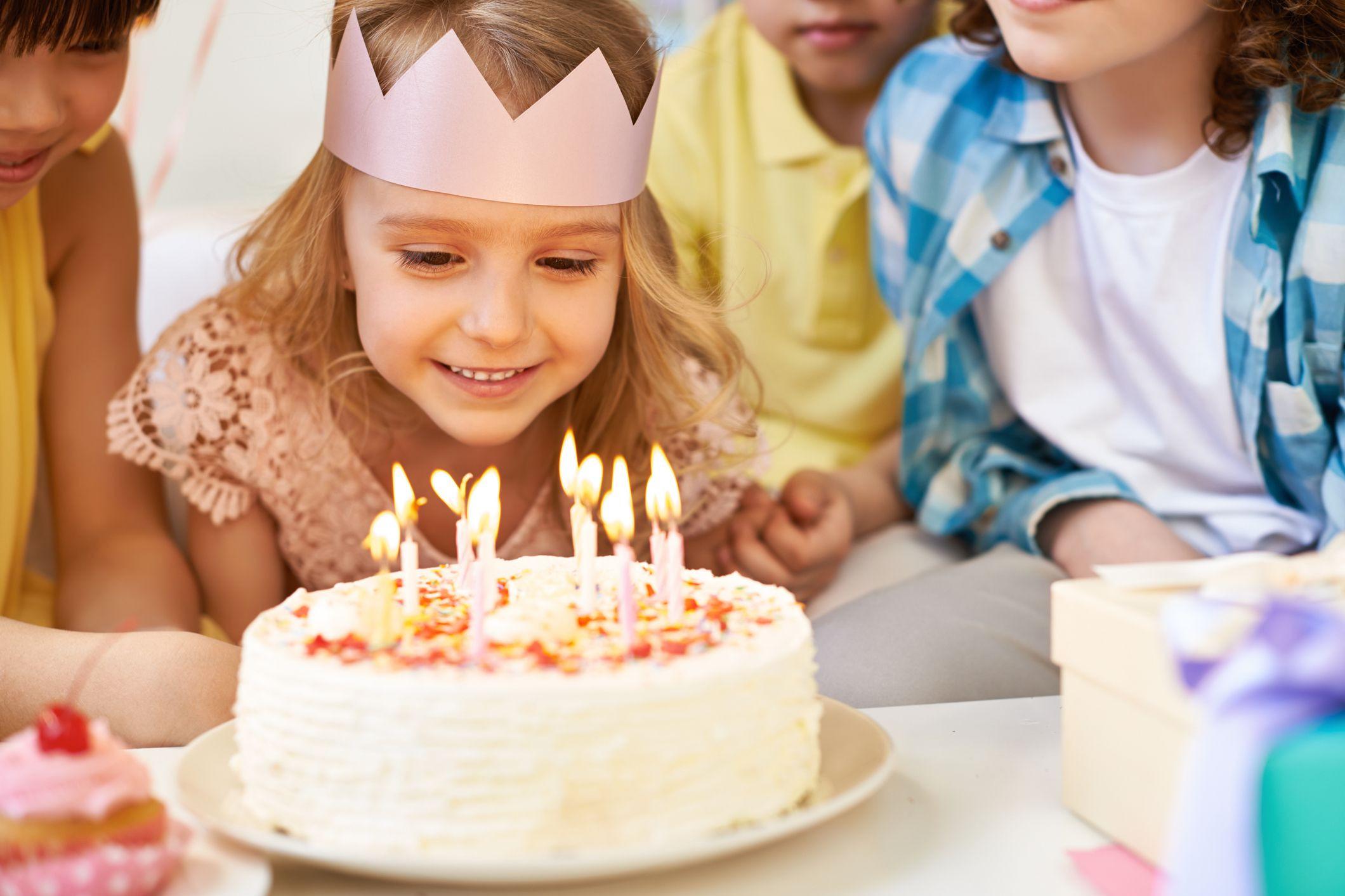 Bolos de aniversário em escolas só com certificação? Sim, pela segurança