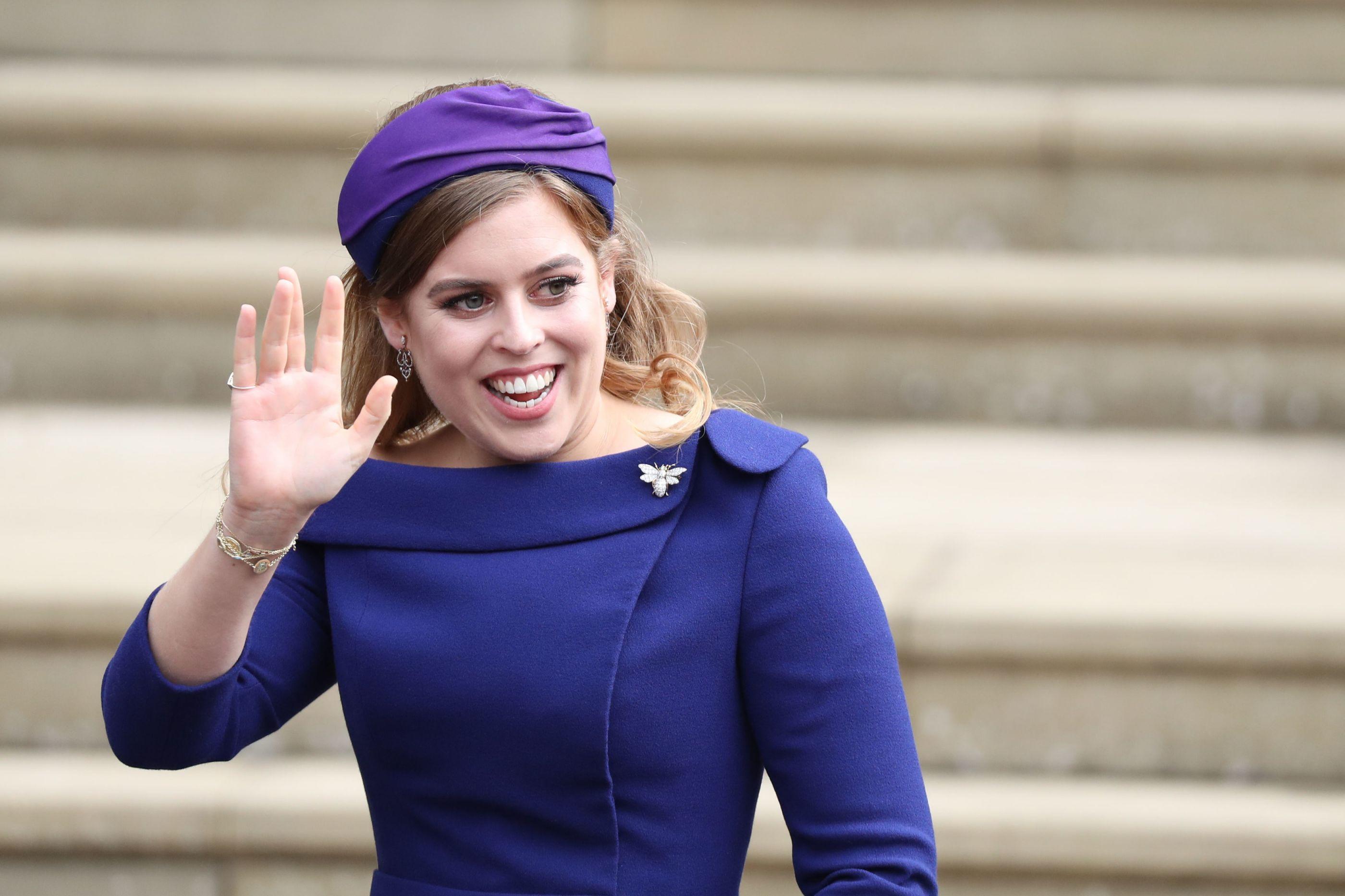 Princesa Beatrice transformou-se num unicórnio da realeza no Halloween