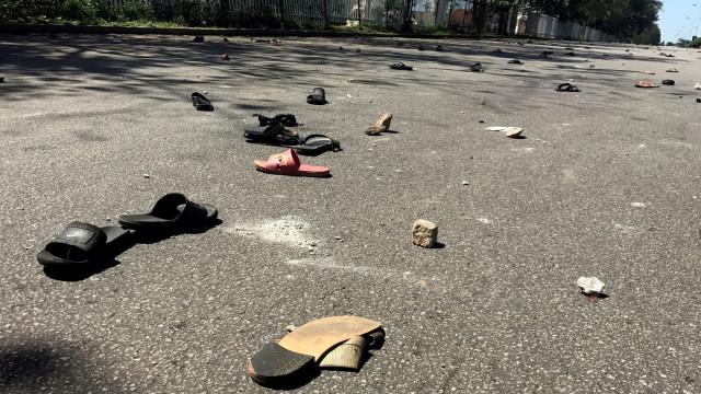 Exército da Nigéria mata manifestantes e justifica-se citando Trump