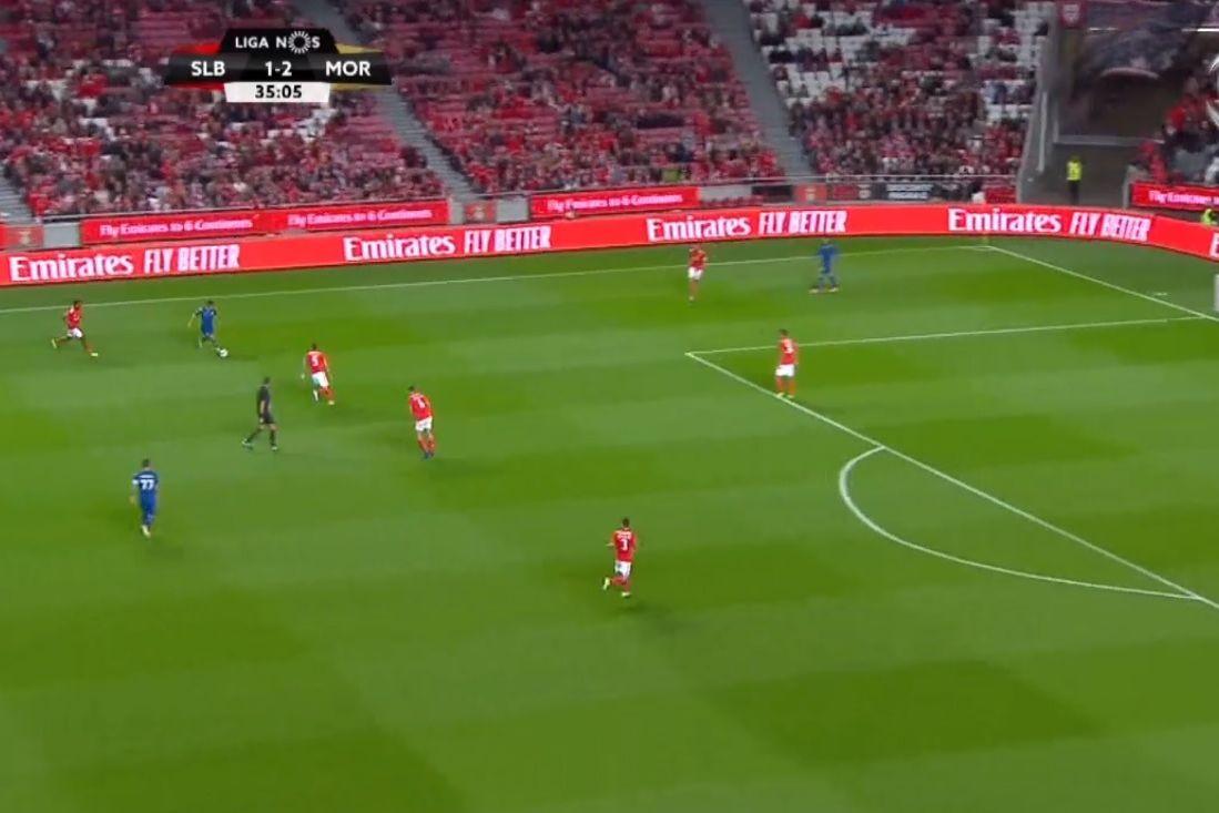 'Tiro' de Loum faz terceiro golo na Luz