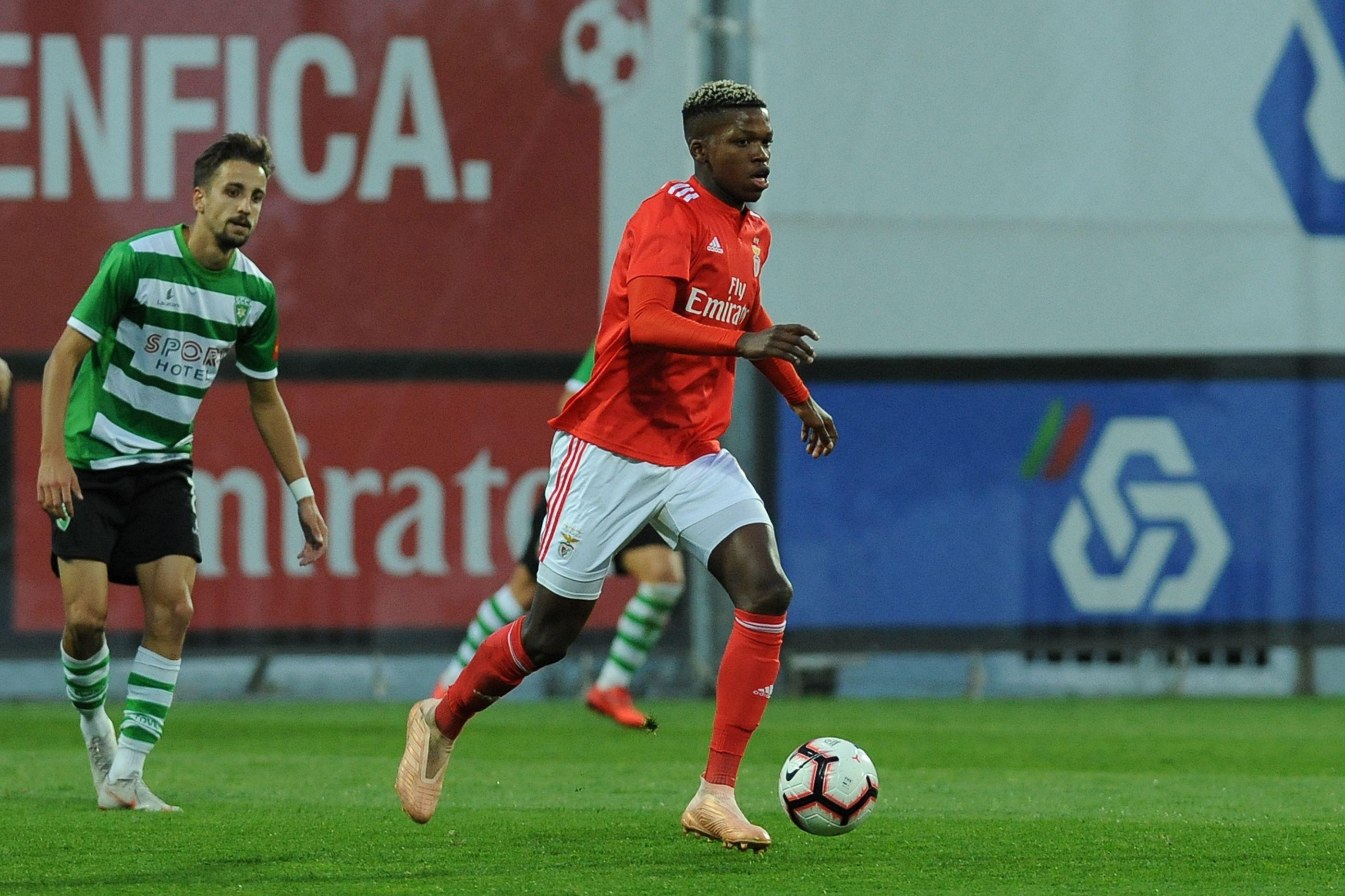 Bruno Lage chama dois 'miúdos' para a receção ao Sporting