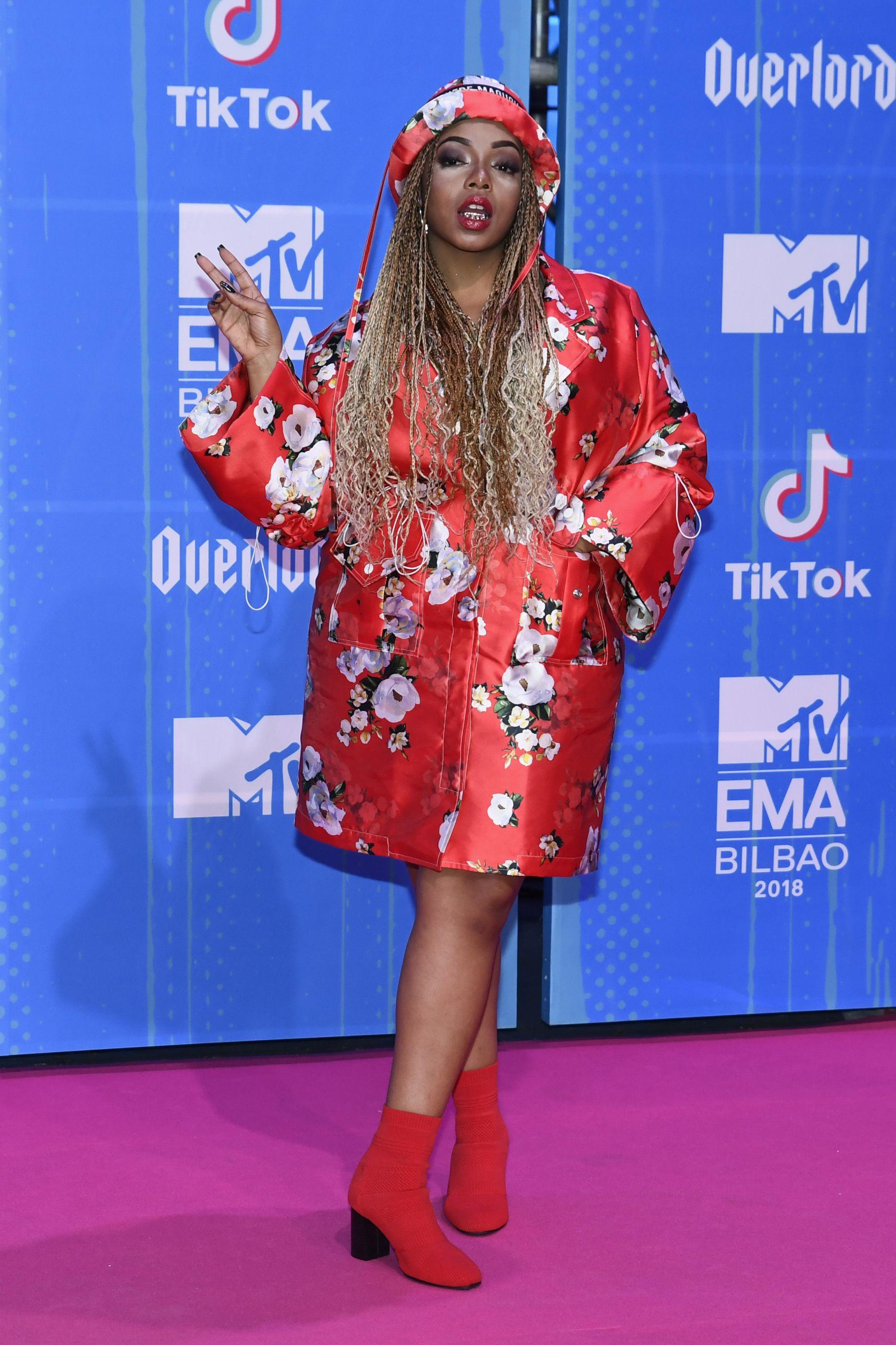As estrelas que brilharam na passadeira vermelha dos prémios MTV