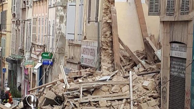 Dois prédios colapsaram em Marselha. Há registo de dois feridos ligeiros