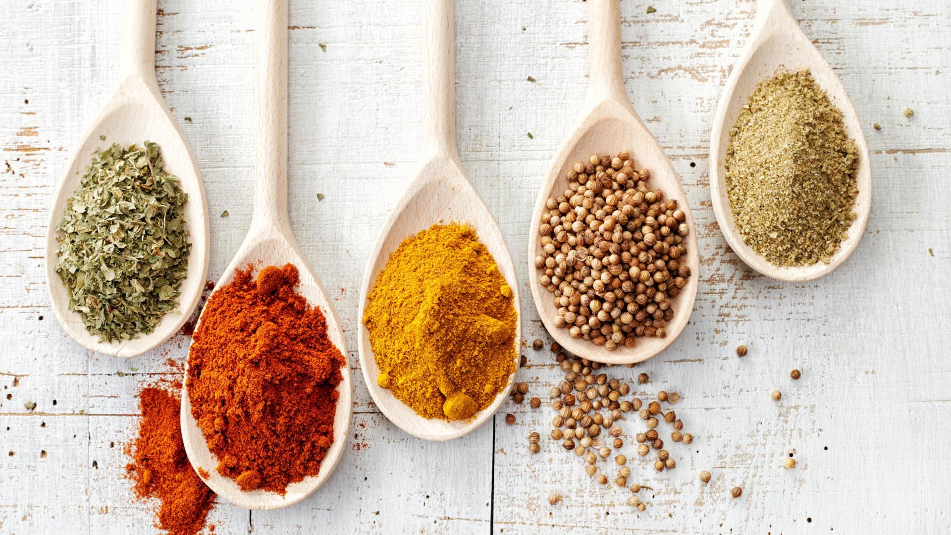 Três especiarias que podem ser úteis num processo de perda de peso