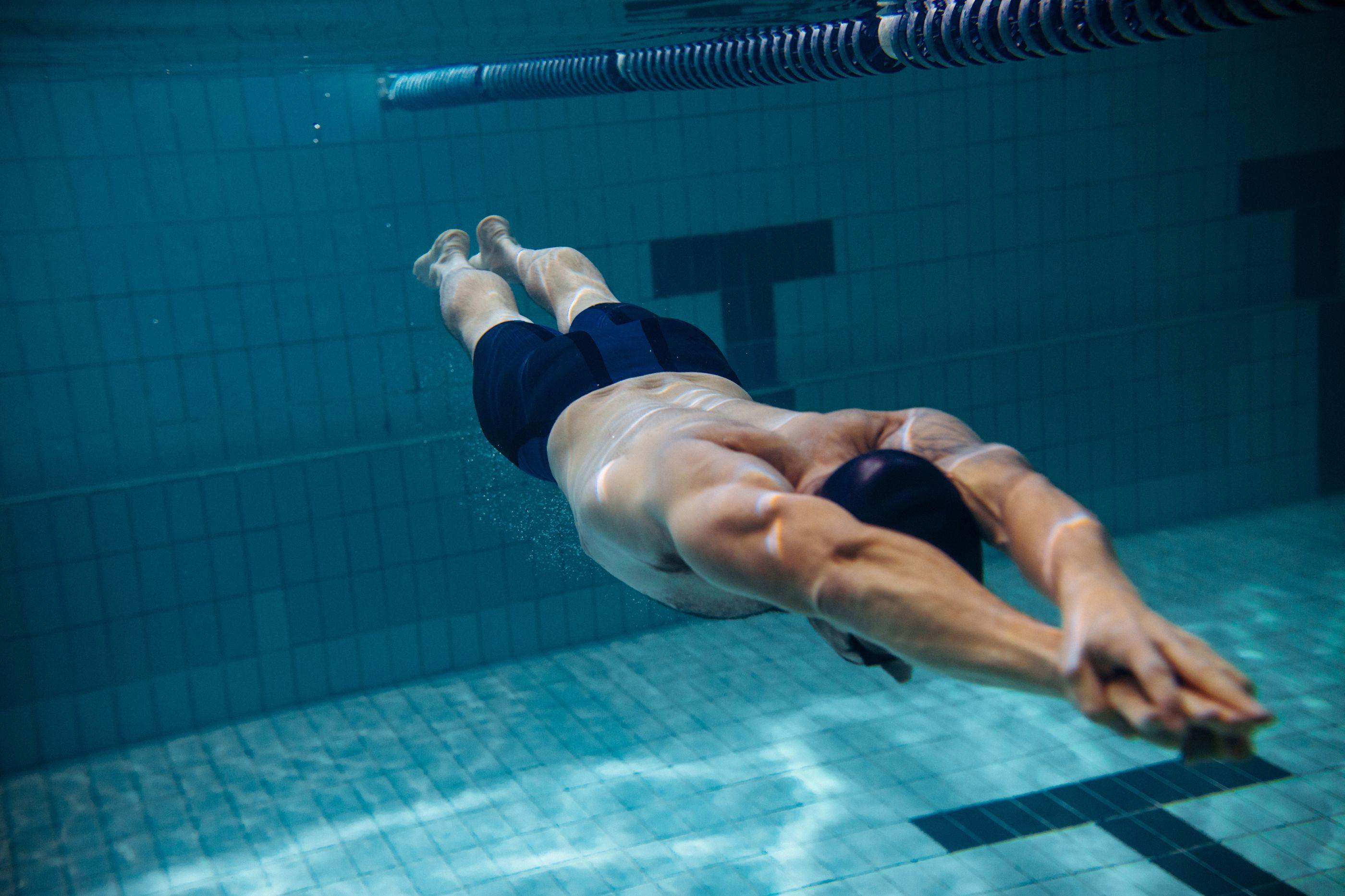 Durante 48 horas, nade por uma boa causa na piscina do Restelo