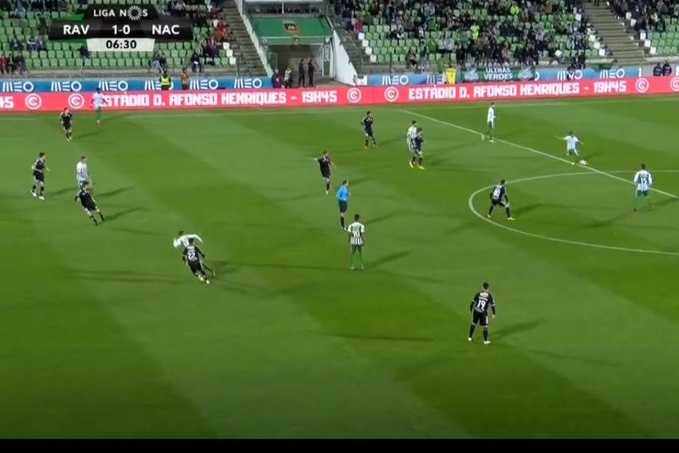 O magistral passe de Coentrão para o golo de Diego Lopes