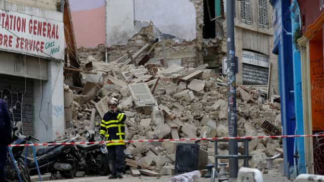 Sete desaparecidos no desabamento de dois edifícios em Marselha