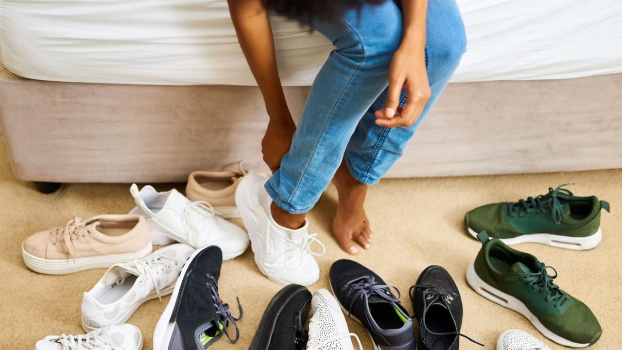 582accda73b E o sapato do ano 2018 segundo a Footwear News é...