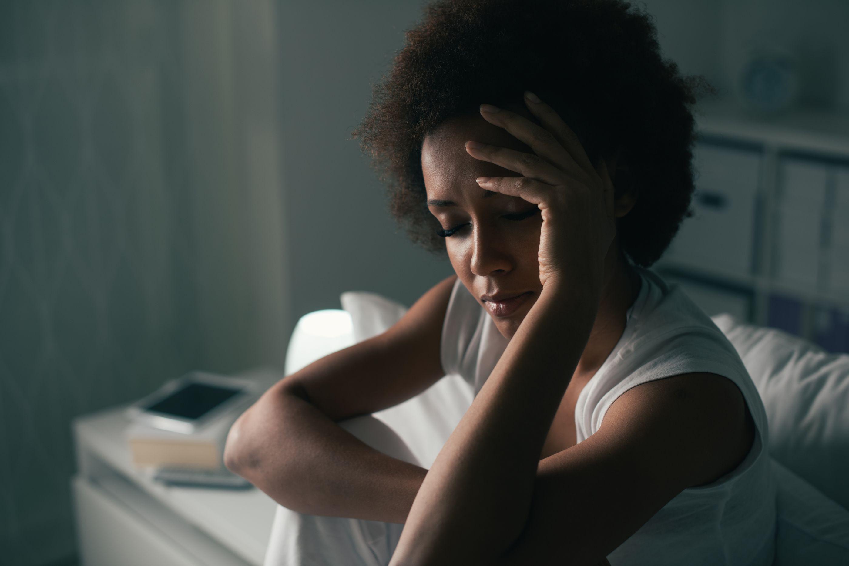 Noite de pesadelos traz consequências físicas e psicológicas. Recupere