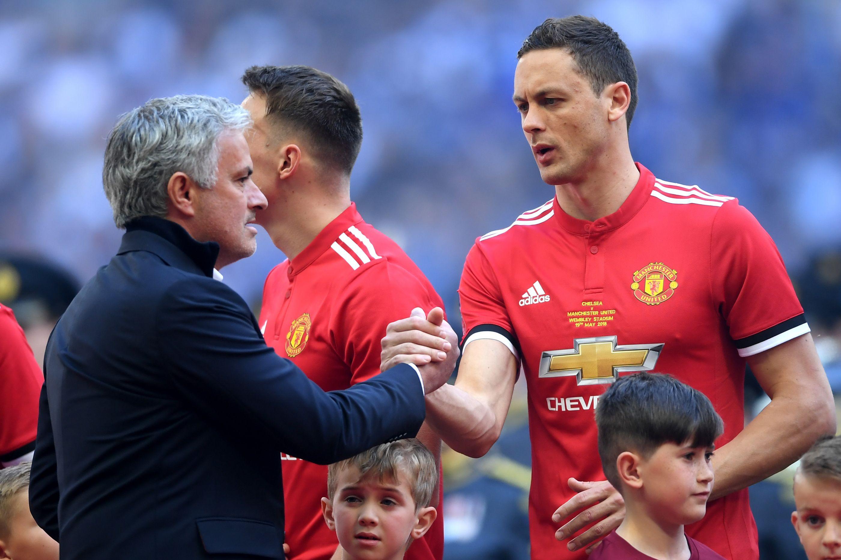 Insistência de Mourinho em Matic intriga plantel do Manchester United