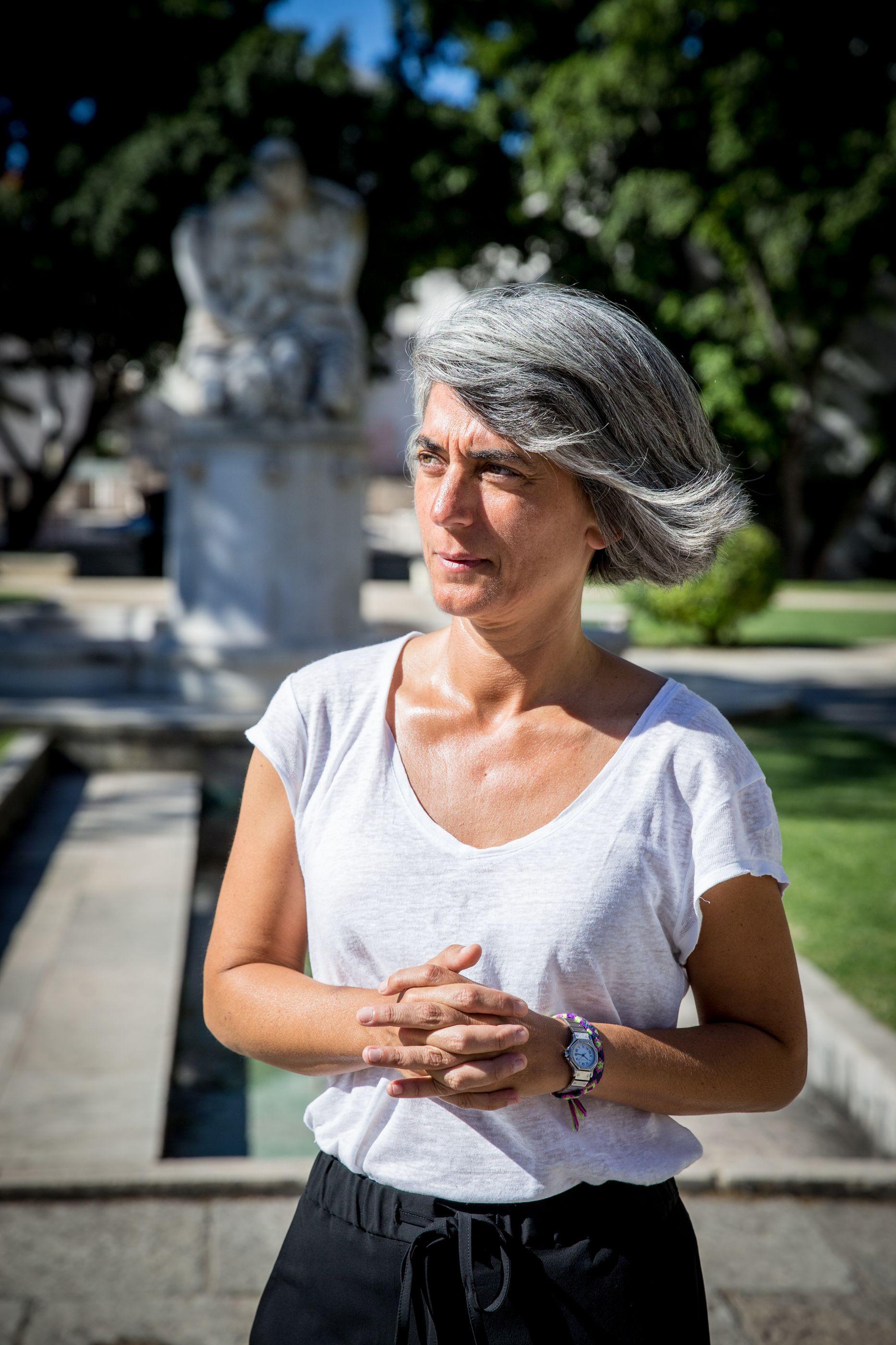 Estar no México e não ver jornais portugueses. Ministra volta a ser tema