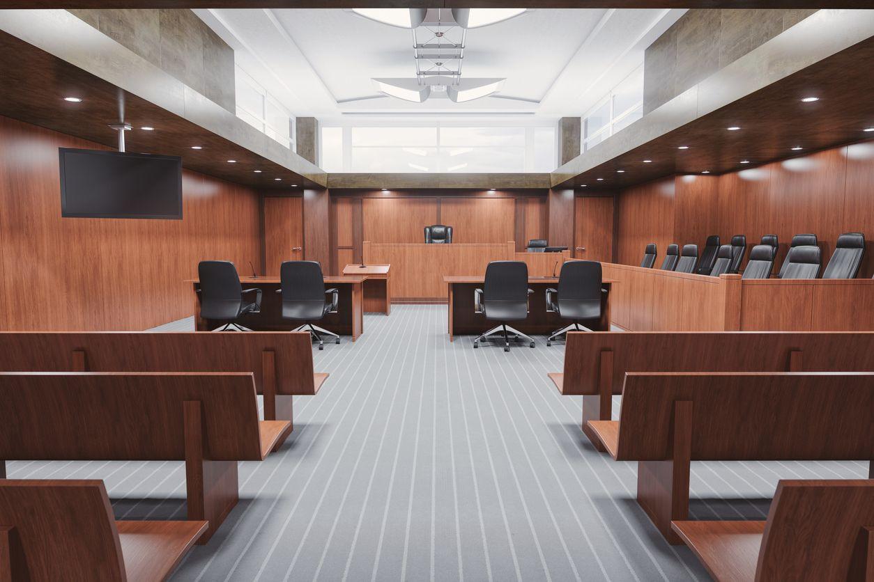 Tribunal absolveu mulher dos crimes de maus tratos às filhas adotivas