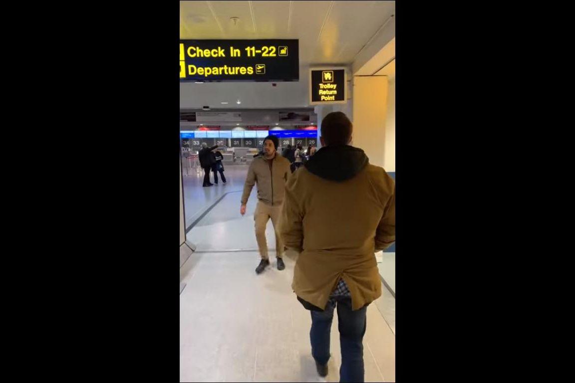 Passageiro leva bagagem sem pagar na Ryanair e filma tudo