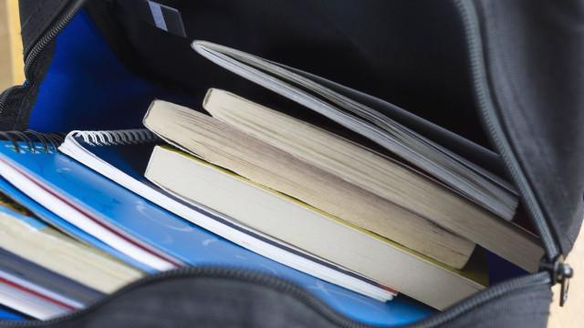 Faturação dos manuais escolares deixa de ser feita pelas escolas