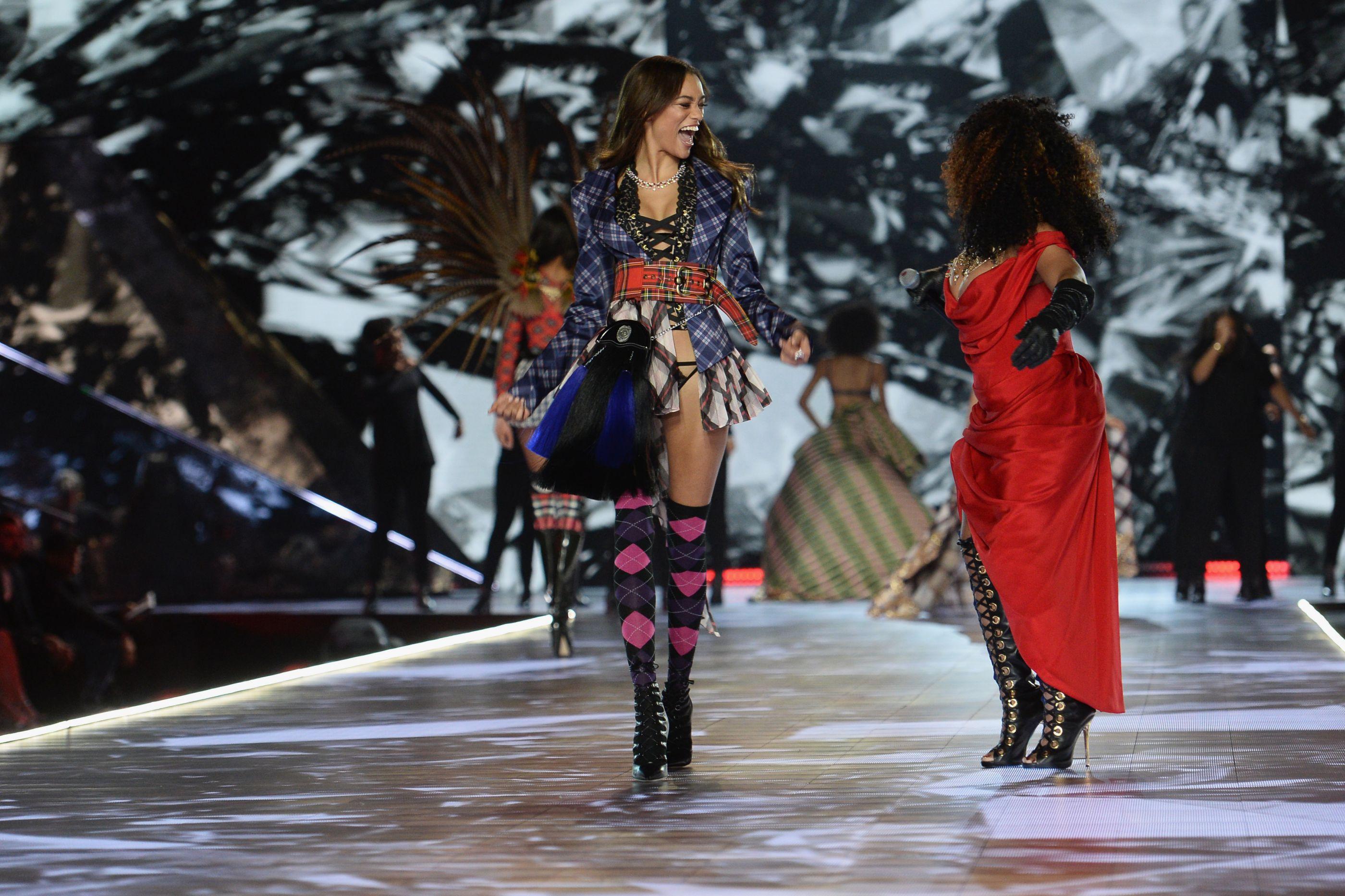As modelos que desfilaram no Victoria's Secret Fashion Show