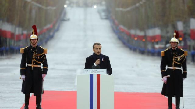 Comemorações falham hora exata em que a paz substituiu a guerra
