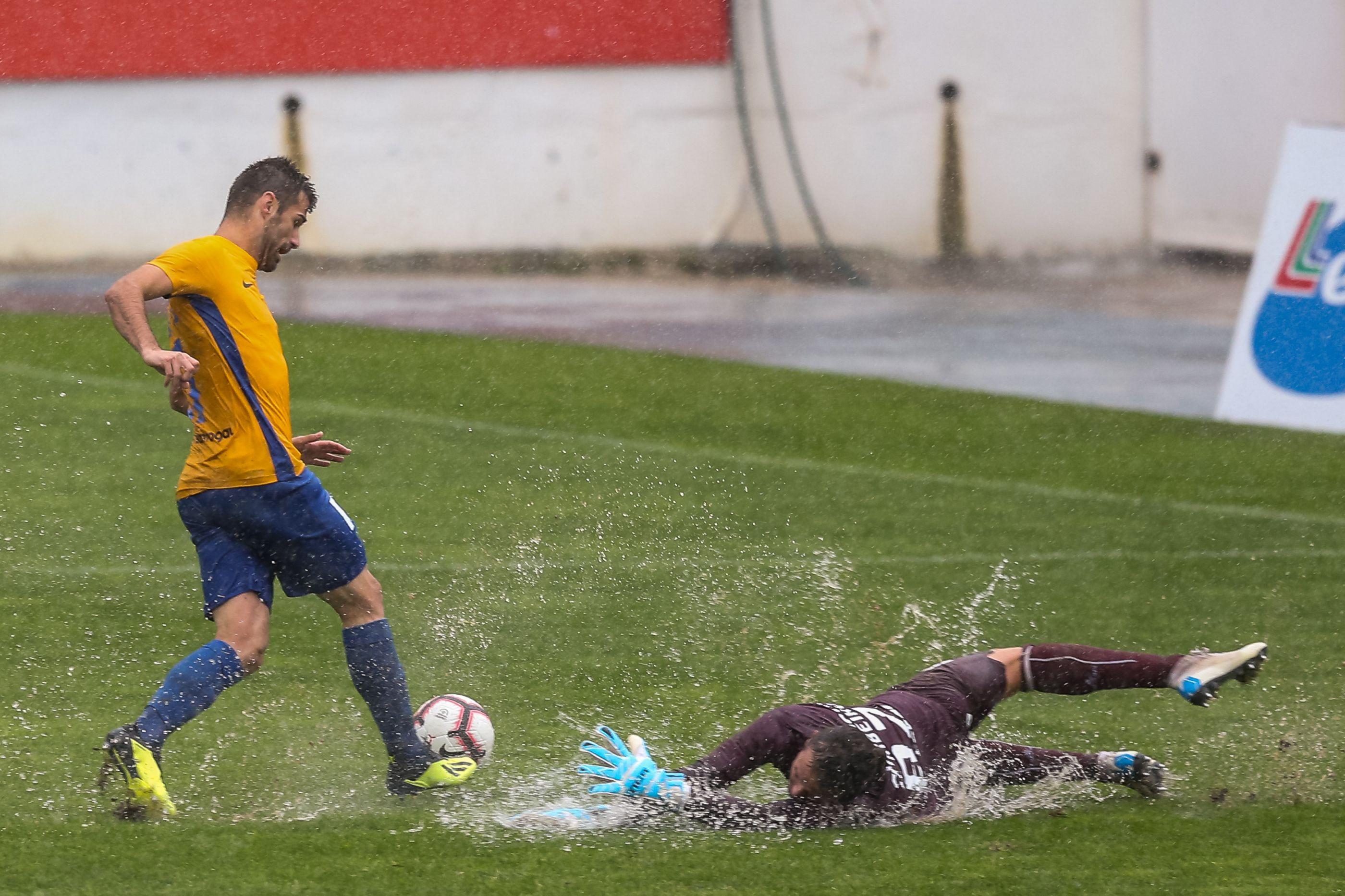 Estoril-Paços de Ferreira adiado devido ao mau tempo