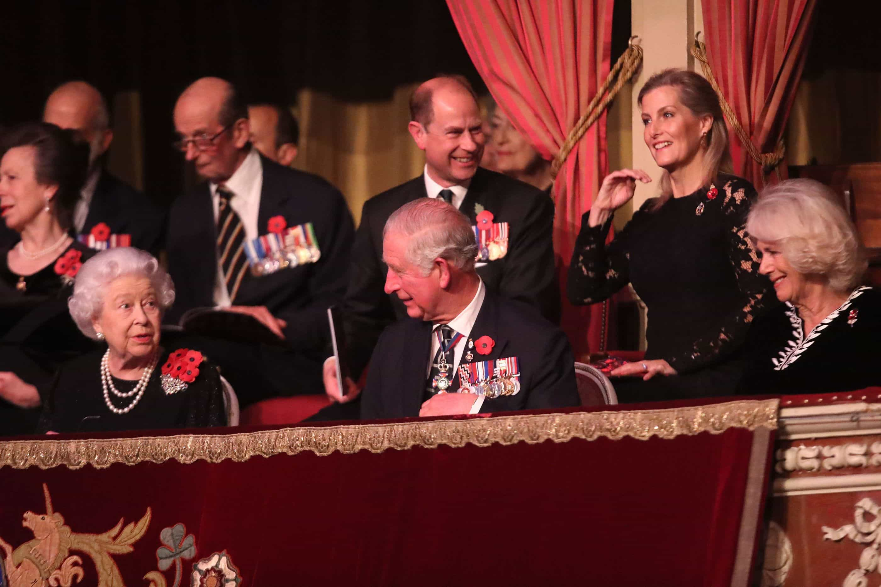 Família real reúne-se num concerto que assinala o Dia do Armistício