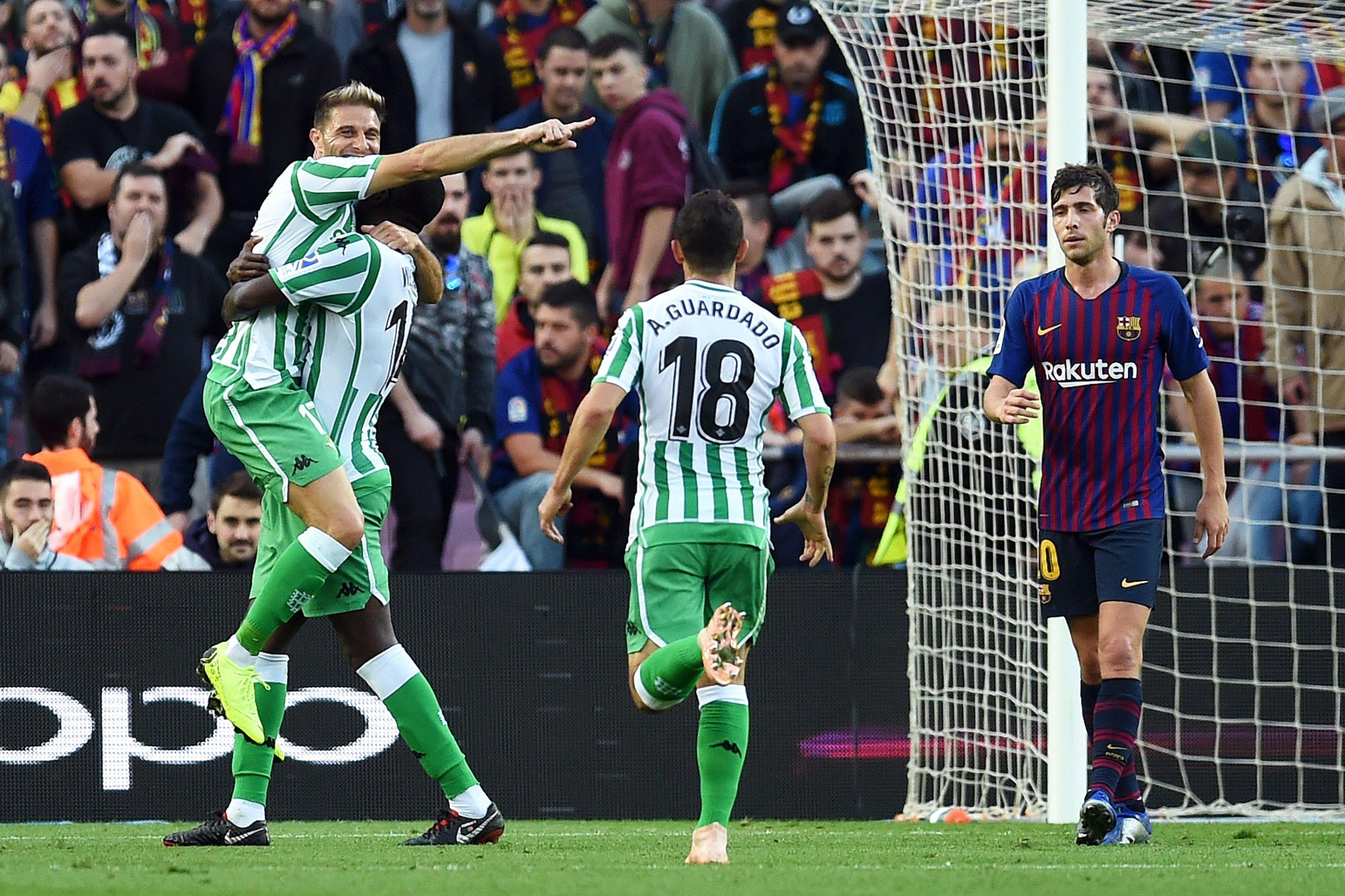 Betis 'assaltou' Camp Nou e William Carvalho foi 'rei' em Barcelona