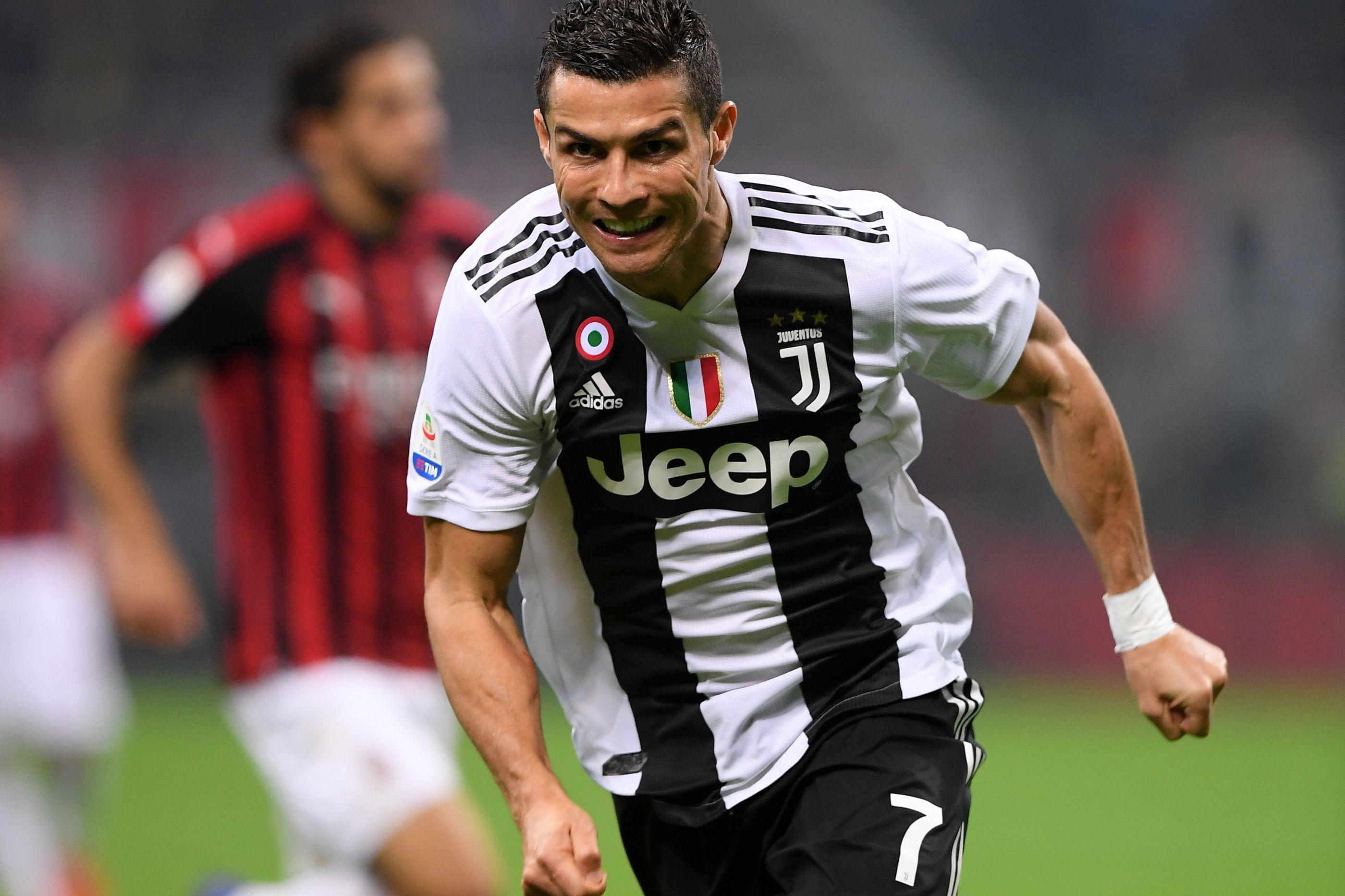 Ronaldo quebra ciclo negro em San Siro e ajuda Juve a vencer o AC Milan