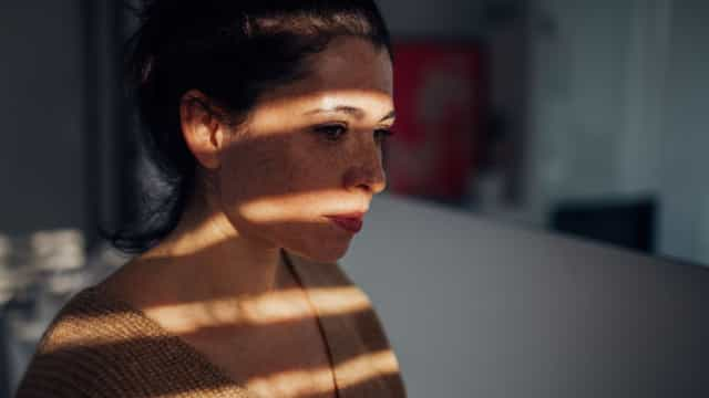 Risco de doença. Quatro maneiras como a solidão afeta a saúde física