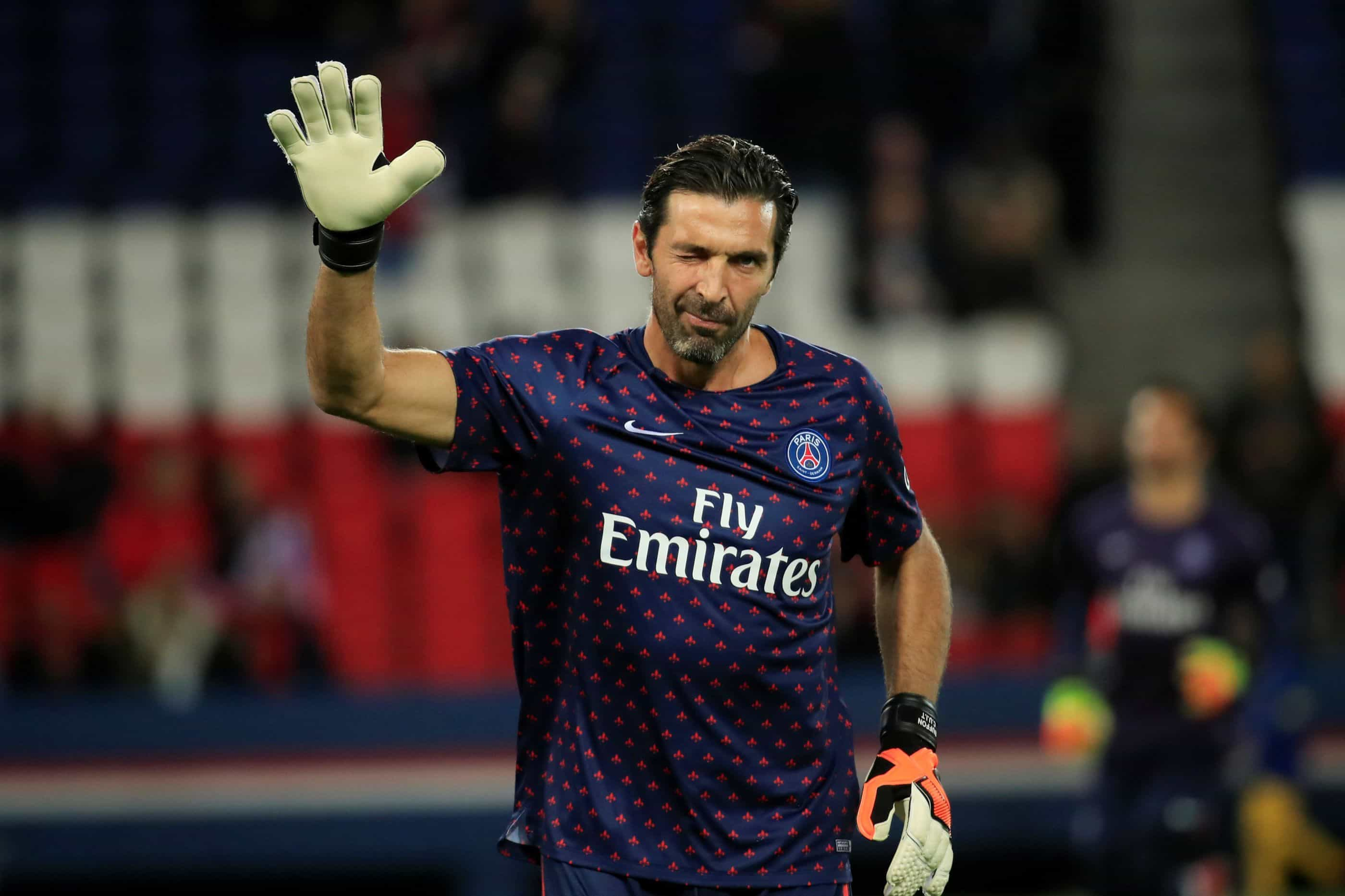 Eliminação da Liga dos Campeões 'congela' renovações em Paris