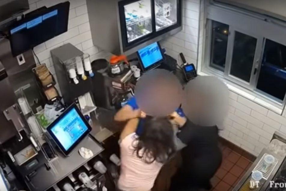 EUA: Mulher agride gerente do McDonald's. A 'culpa' foi do ketchup