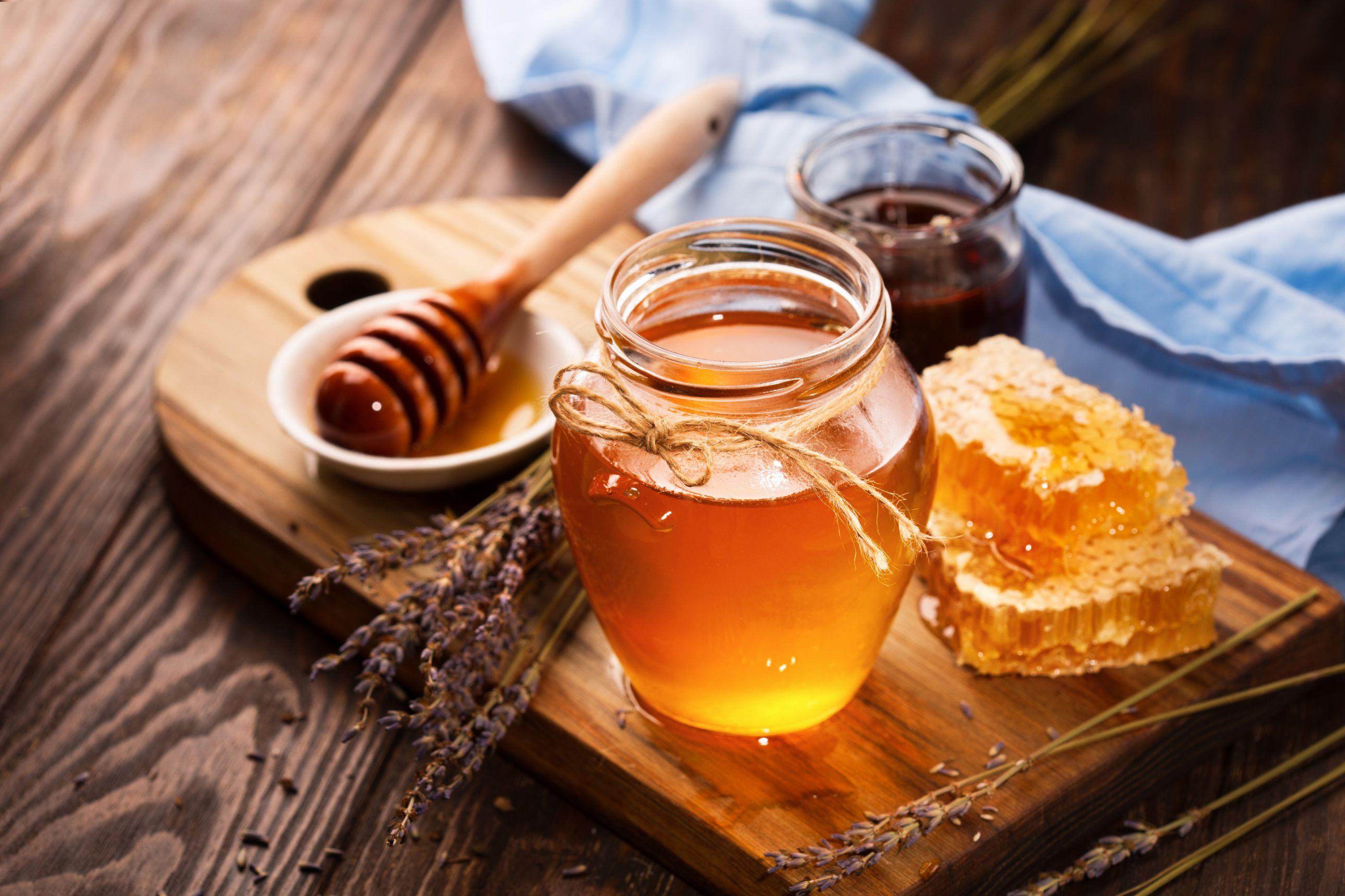 Apicultores do Algarve estão a sentir dificuldades para escoar mel