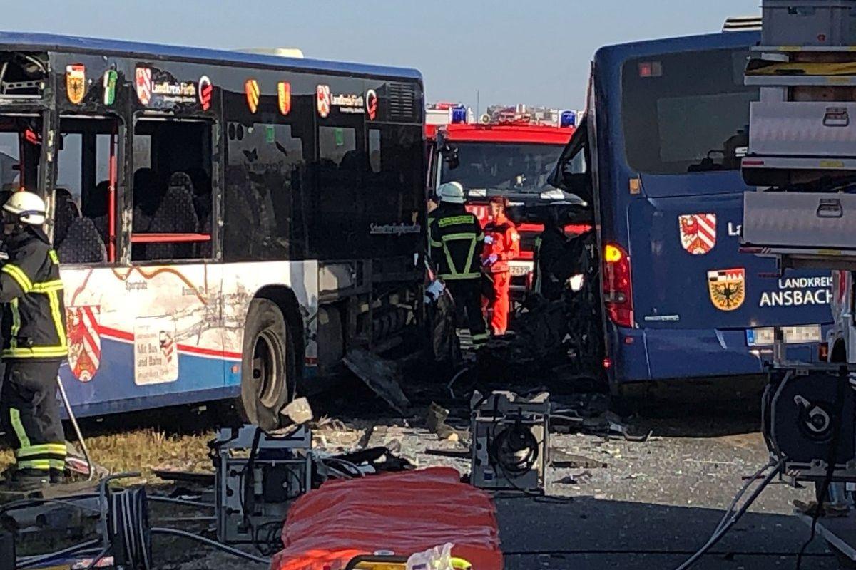 Colisão de autocarros faz 40 feridos na Alemanha, a maioria crianças