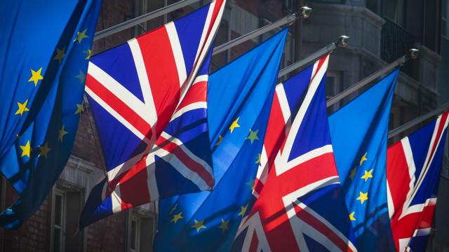 Polícia britânica alerta para riscos de segurança de Brexit sem acordo