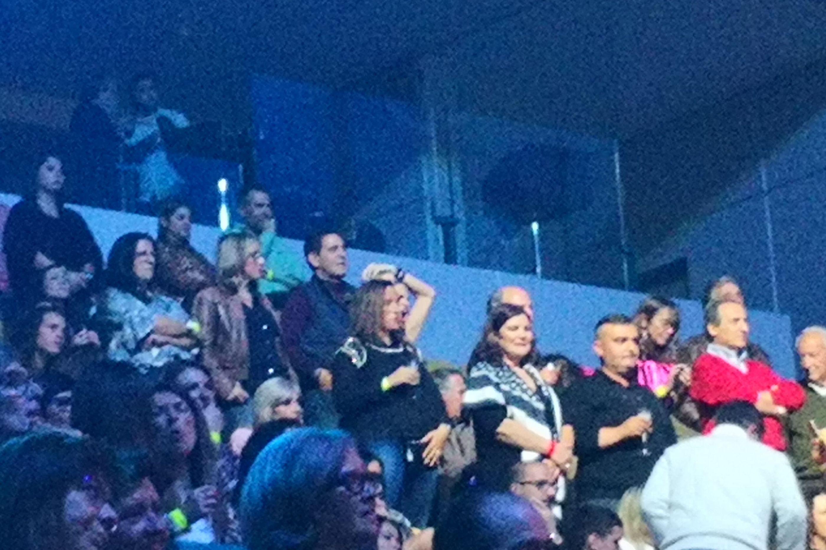 Fotos exclusivas: Dolores Aveiro 'vibra' em concerto de Tony Carreira