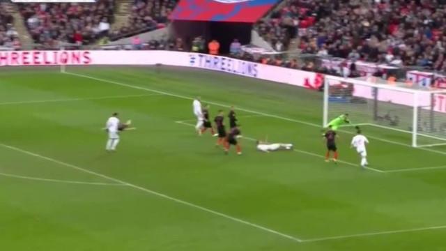 Kane qualificou os ingleses, afastou os espanhóis e condenou os croatas