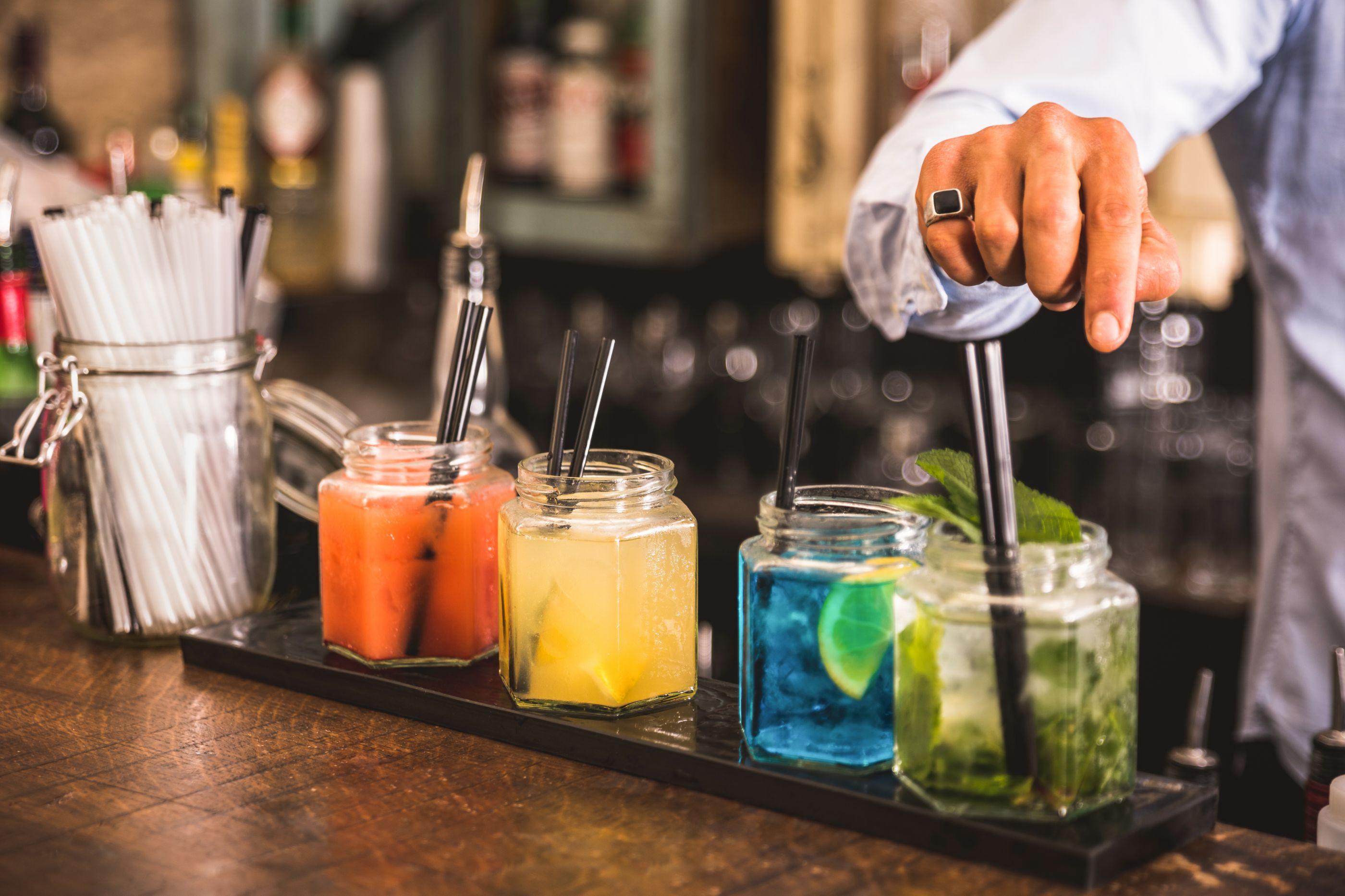 Saiba quando e por que deve optar pelo 'Gin Psicológico' em vez de álcool