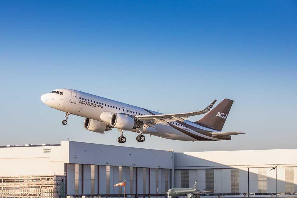 Novo jacto executivo da Airbus voou pela primeira vez