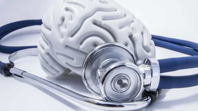 Doença vascular cerebral. Médicos premeiam investigação sobre AVC