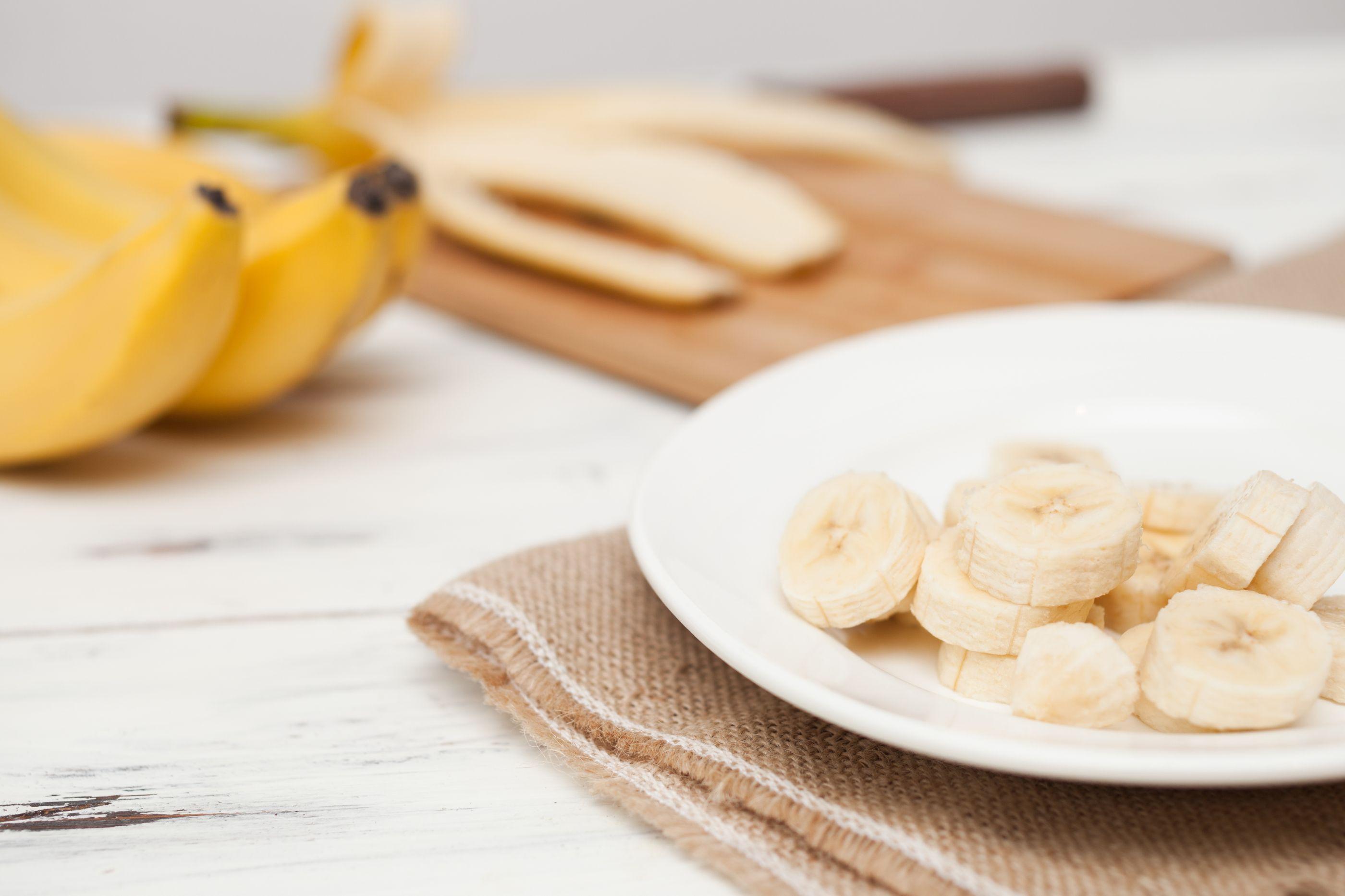Damos-lhe dez razões por que deve mesmo comer bananas