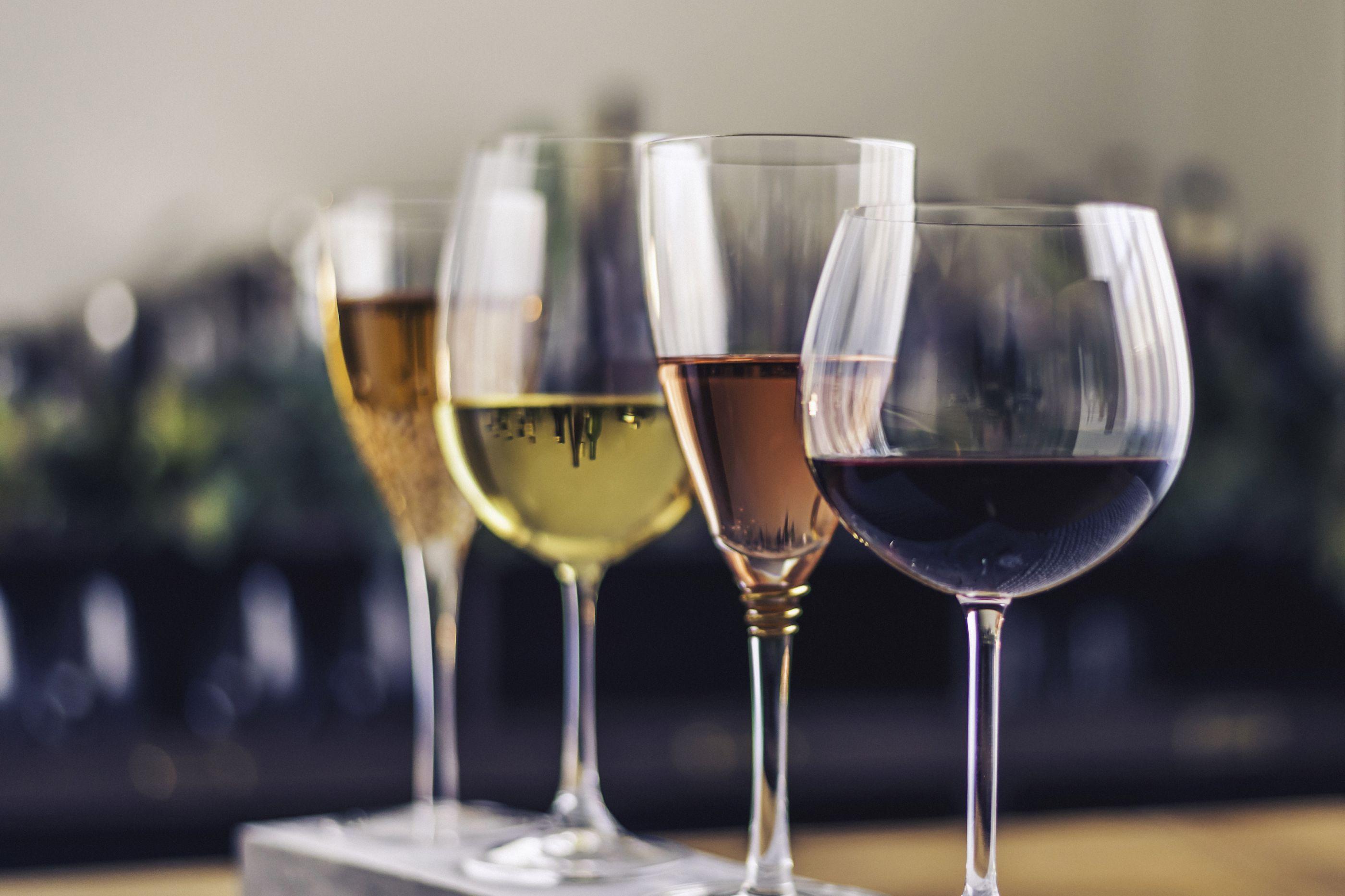 Diferentes vinhos para 10 consoadas diferentes. Qual é a sua?