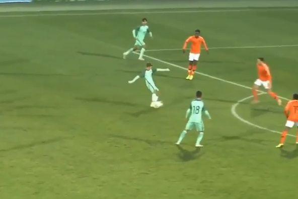 Sub-19: Portugal perdeu, mas o golo de Tiago Dantas é para ver e rever