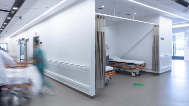 Hospitais vão poder contratar sem autorização do Governo