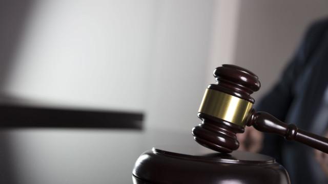 Mulher acusada de matar filha bebé em Corroios diz que não planeou crime