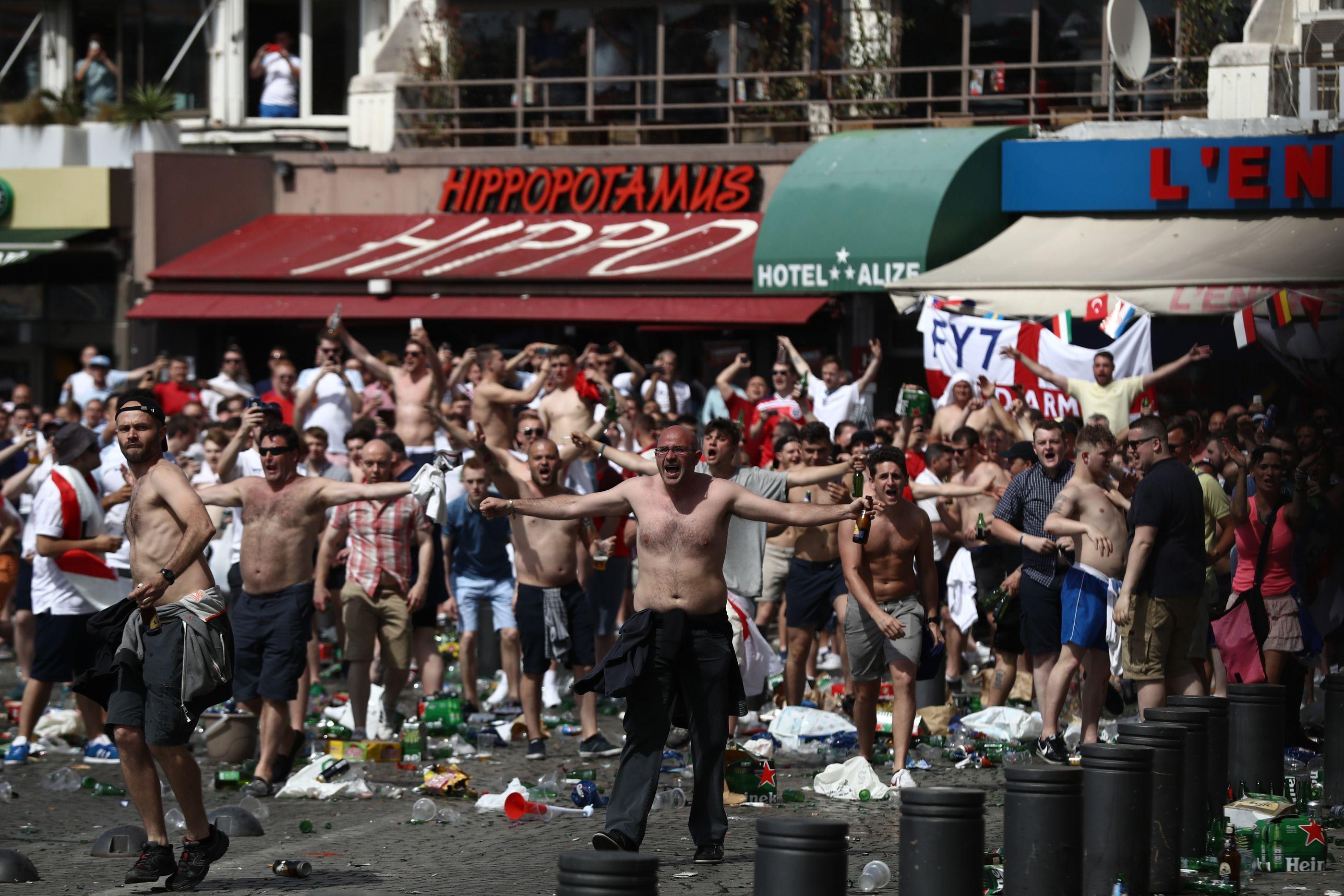 Liga das Nações: Federação inglesa teme estragos de hooligans em Portugal