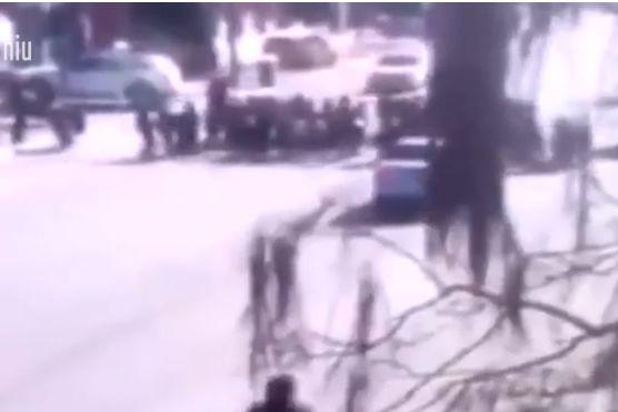 Várias crianças atropeladas junto a escola na China. Cinco morreram