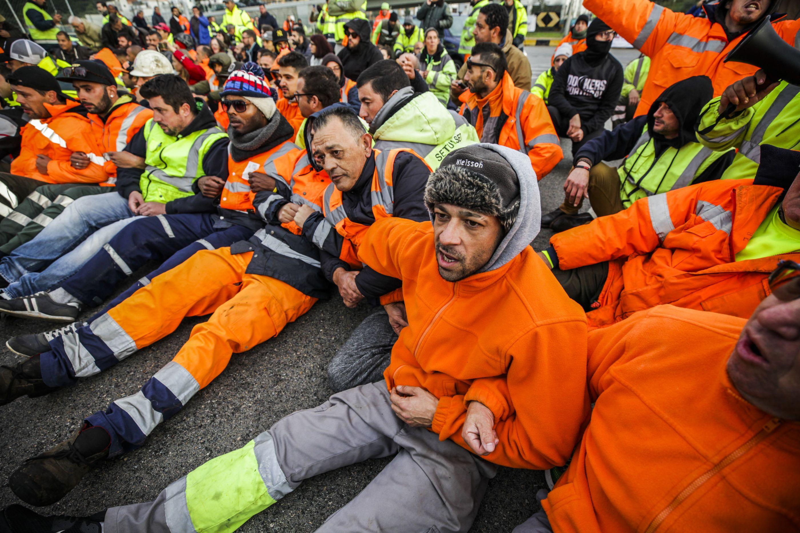 O dia em que estivadores e deputados foram levados um a um pela polícia